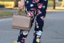 10 a white tee, navy floral pants and sunny yellow heels