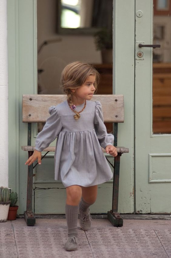 a thin stripe long sleeve dress in vintage style, grey socks and shoes