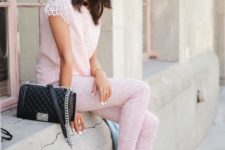 11 all-blush look with pants and white sandals