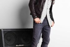12 navy jeans, a grey shirt, a black leather jacket and brown boots