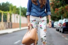 16 a chambray shirt, cropped floral pants and nude heels