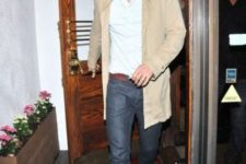 Beige long blazer with button down shirt and jeans