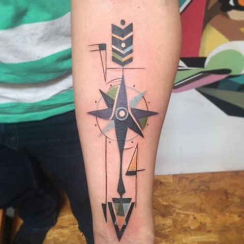 Structured arrow tattoo