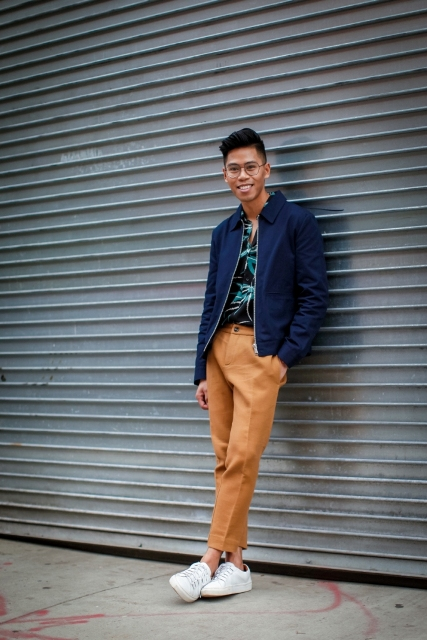 Find and save ideas about Blue blazer men on Pinterest. | See more ideas about Blue blazer for mens, Blazer for men fashion and Light blue blazers. Men's fashion. Blue blazer men beige blazer, white shirt, blue pants, brown shoes and belt men style outfit (with buttoned shirt) Men's wedding guest fashion - suit, open shirt and trousers.