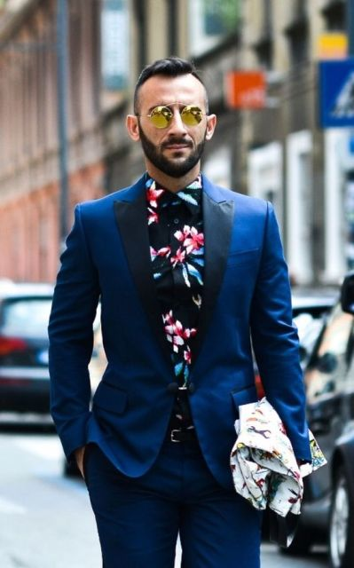 What Color Shirt With Black Suit >> 20 Floral Shirt Outfits For Men - Styleoholic