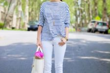 With striped loose shirt, white pants and white tote