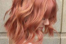 03 blorange hair of medium length with waves