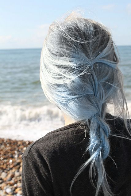 blue pastel hair is ideal to make a statement in the summer