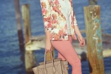 06 pink pants, a white top, a peach and orange blazer and metallic heels