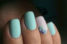 07 matte mint nails and a blush accent one with a mint dimensional flower
