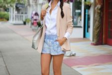 summer outfit with metallic shoes