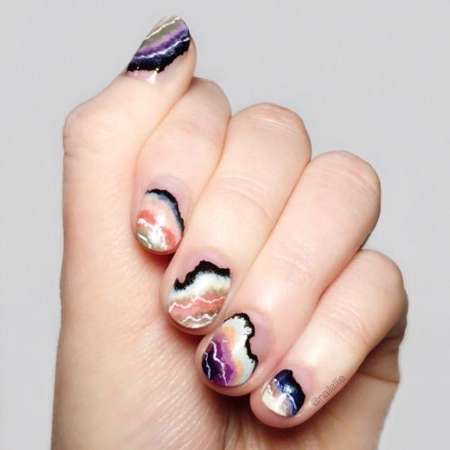 agate-inspired nail art
