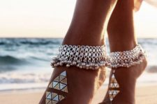 02 chic gypsy silver anklets with tiny bells
