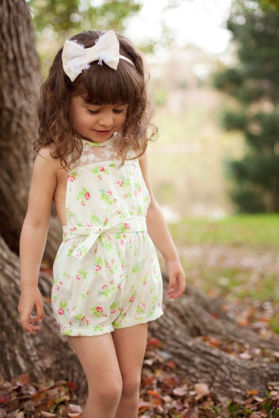 vintage-inspired floral print sleeveless romper is an amazing choice for a summer girl's outfit