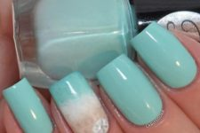 05 aqua nails with an accent one with beach sand decor and a starfish print