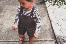 06 a striped longsleeve and a brown overall with shorts and sandals