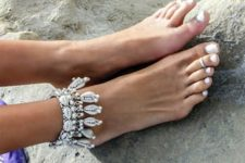 07 shell and rhinestone anklet