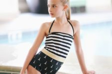 08 high waist bottom and a striped top, the whol swimsuit in black and white