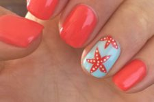08 red nails and an accent nail in powder blue with starfish decor
