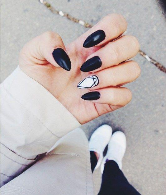 20 Chic Nail Art Ideas For Almond Shape - Styleoholic