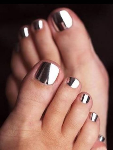 silver metallic toe nails are a hot trendy statement
