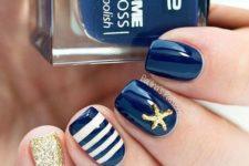 short navy nails