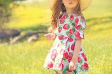 17 funny and cute strawberry print summer dress with short sleeves