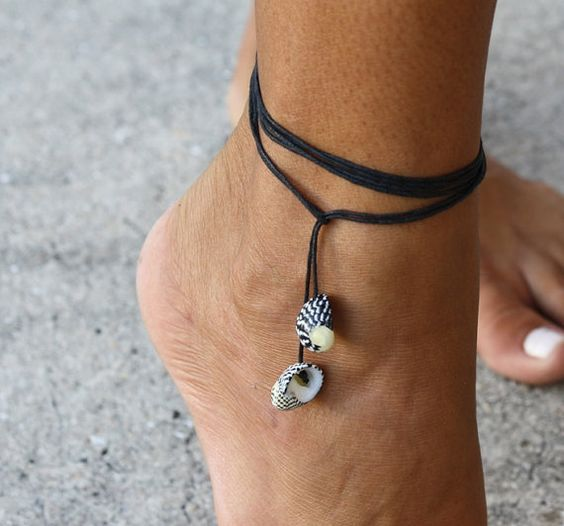 leather cord anklet with shell pendants