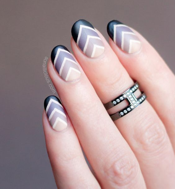 ombre chavron manicure in shades of grey and black