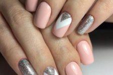 cool glitter manicure idea