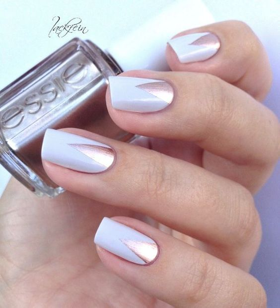 white and copper tringle manicure