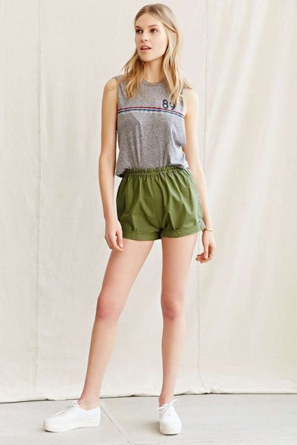 23 Olive Green Shorts Outfits For Ladies Styleoholic