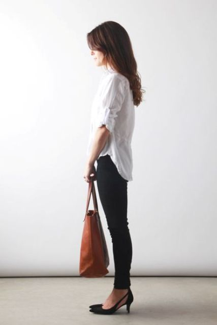 With white button down shirt, brown tote and skinny jeans