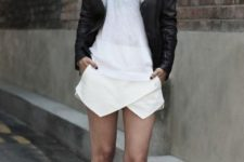cool spring look with sneakers and skorts