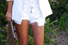 20 white denim shorts, a white printed tee, a white blazer and black strappy heels