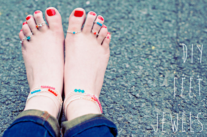 DIY Swarovski crystal toe rings and anklets (via www.clonesnclowns.com)