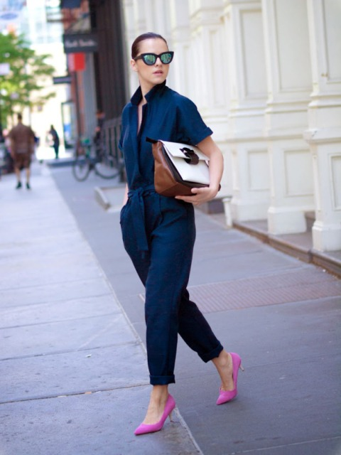 With brown and white bag and hot pink pumps