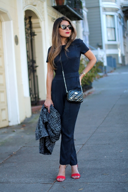 With chain strap bag, red sandals and printed blazer