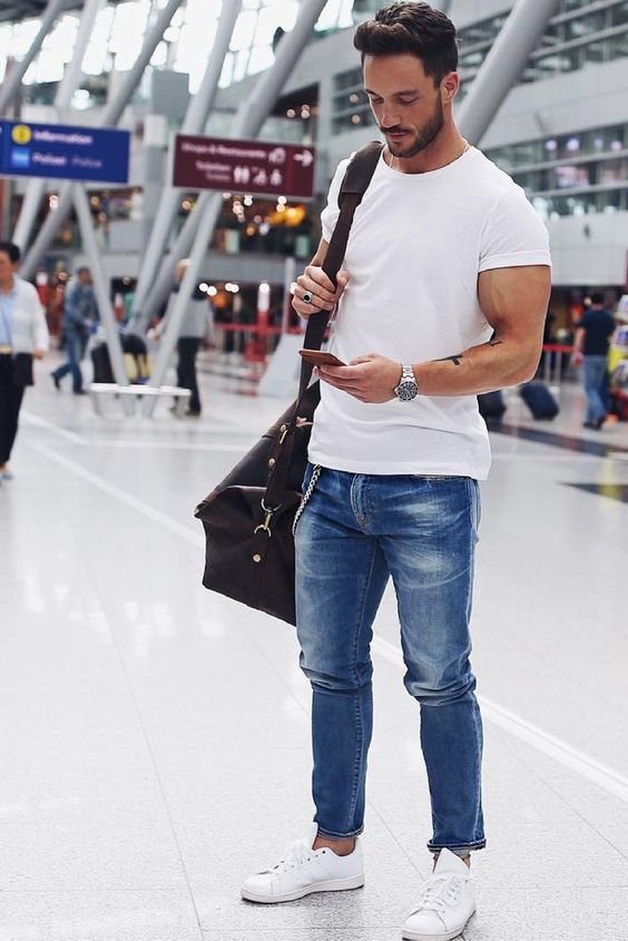 a9bd1dfa3eed 16 Comfy Summer Airport Outfits For Men - Styleoholic