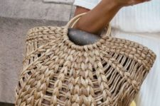 02 a woven bag with wooden ring handles is all-time summer classics both for the beach and city