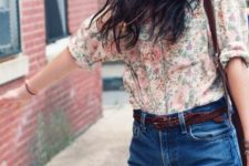 02 blue denim high waisted shorts, a floral blouse with a pink rose print