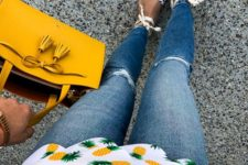 03 distressed jeans, a pineapple printed top, lace up espadrillas and a mustard bag