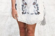 04 short white dress with short sleeves and floral embroidery plus lace detailing