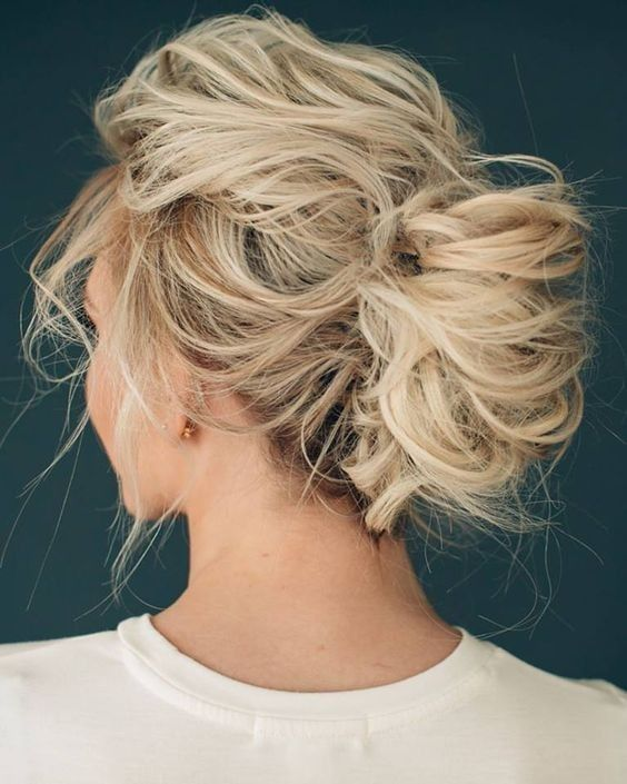 15 Messy And Loose Hairstyles To Rock This Summer ...