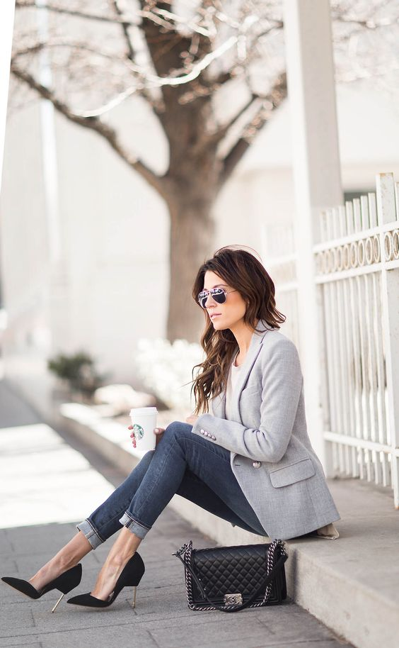 blue cropped jeans, a white top, a grey blazer and black suede heels for a chic girlish look