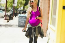 15 cropped grey and black leggings, a fuchsia top and black chucks