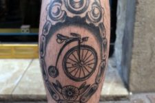 Bicycle and apparatus tattoo on the leg