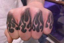 cool finger tattoos