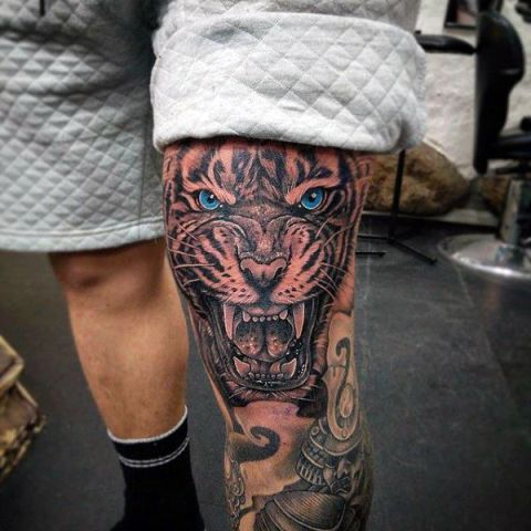 Picture Of Realistic Tattoo On The Leg