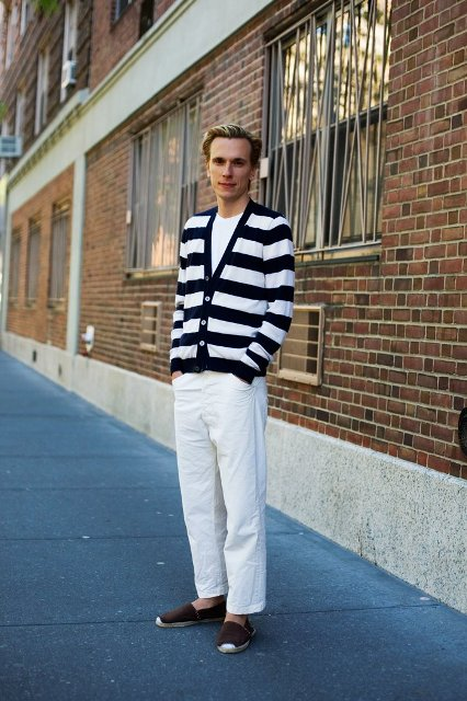 With white t-shirt, striped blazer and white pants